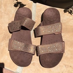 Brown Vionic sandals
